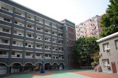 重庆沙坪坝中学柔性饰面砖工程案例