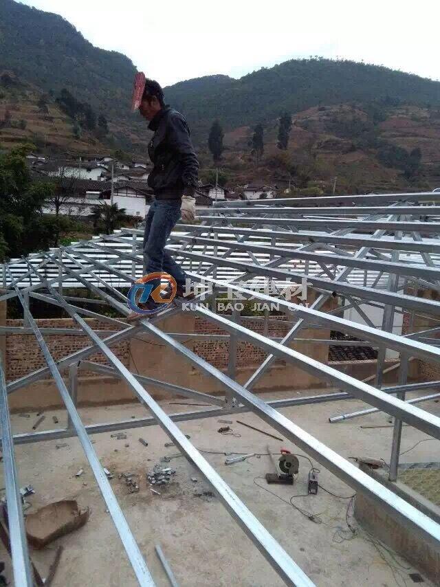 树脂瓦屋面檩条的间距及规格